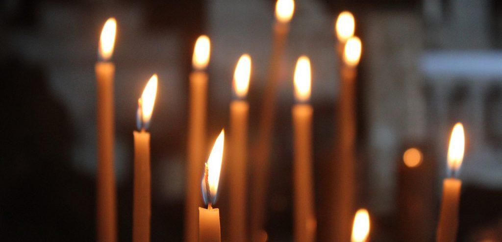 Sveču liešana